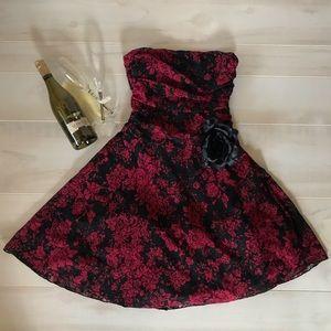B. Darlin red and black evening dress